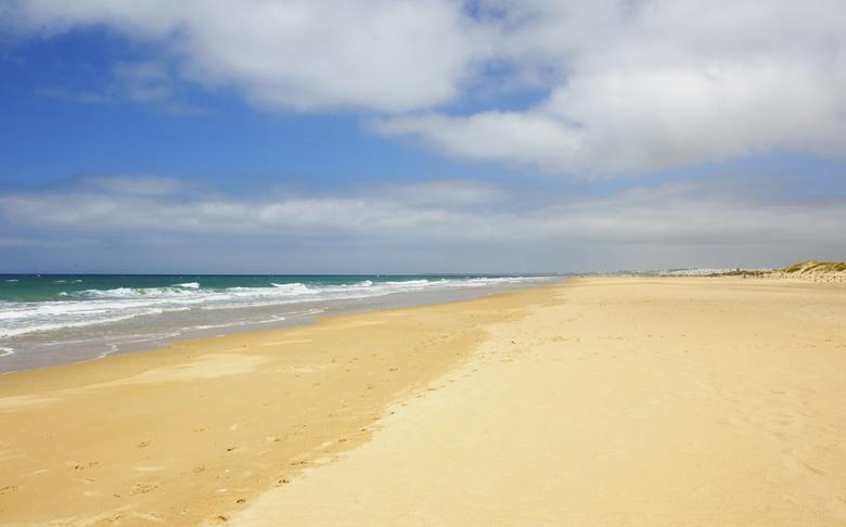 playa castilnovo conil de la frontera